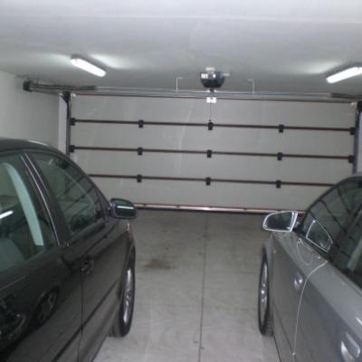 Einstellplätze für Fahrzeuge, Oldtimer.. - thumb
