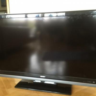 Sharp AQUOS. Produkttyp:LCD TV € 400,00 - thumb