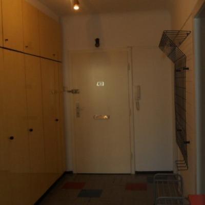 Biete private 60 m2 Wohnung für 3 Jahre mit Verlän - thumb