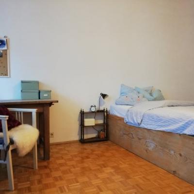 gemütliches Altbau-Zimmer ( 20m²) in 3er WG - thumb