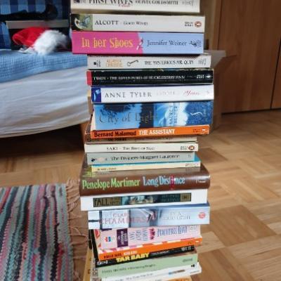 75 Englische Bücher günstig zu verkaufen - thumb