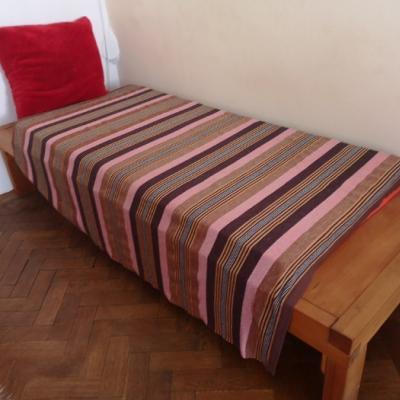 Vollholz Einzelbett Maßanfertigung um € 120,- - thumb
