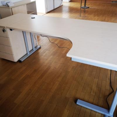 Schreibtisch mit/ohne Rollcontainer - thumb
