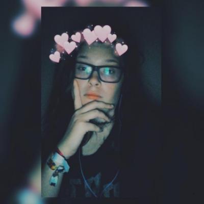 Geek Girl sucht Ihn - thumb