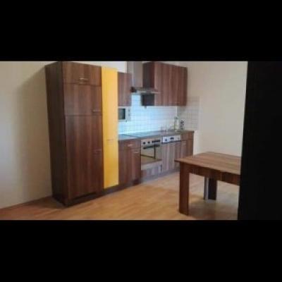 Vermiete ein Zimmer in 4er Wg in Wels Stadtmitte - thumb