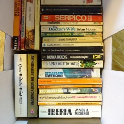Taschenbücher in englischer Sprache - thumb