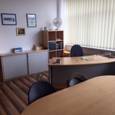Büromöbel Neudorfler - thumb