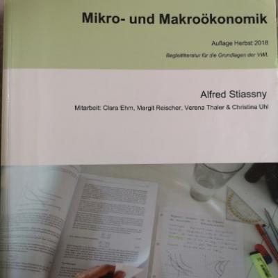 Mikro- und Makroökonomik - thumb