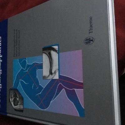 MRT DES BEWEGUNGSAPPARATS ( Thieme- Verlag) - thumb