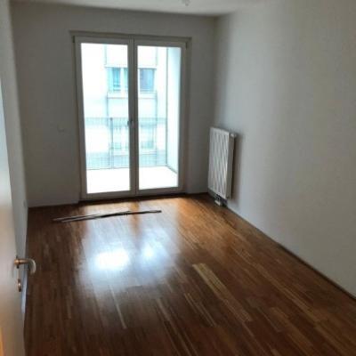 Private, helle, 3-Zimmerwohnung zentral begehbar - thumb