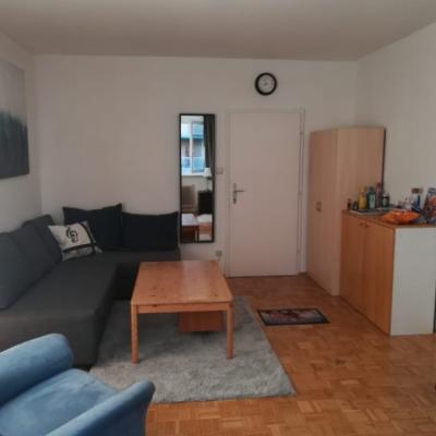 großes Zimmer in 4er-WG/Merangasse - Graz - thumb