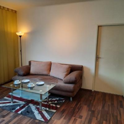 65 m² große möblierte Mietwohnung, provisionsfrei - thumb