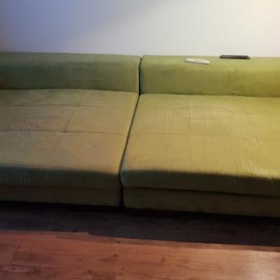 Große Couch gratis zur Selbstabholung bis 27.9 - thumb