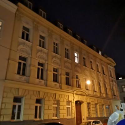 Nette Wohnung in 12, U6 nähe, befristet Vermietung - thumb