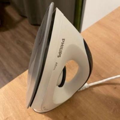 Philips GC160/02 Trocken-Bügeleisen - thumb