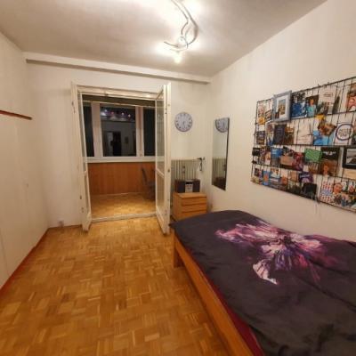 Helles 19m² Zimmer in 3er WG: 320€ - thumb