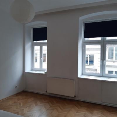 Großes, helles WG-Zimmer in Altbau - thumb