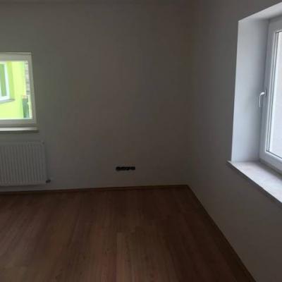 neu renovierte 3-Zimmer-Wohnung in Arzl - thumb