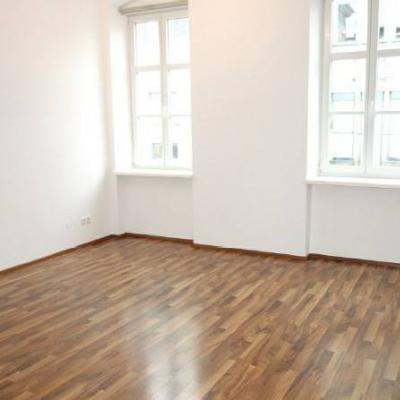 Moderne Mietwohnung im Stadtzentrum St. Pölten - thumb