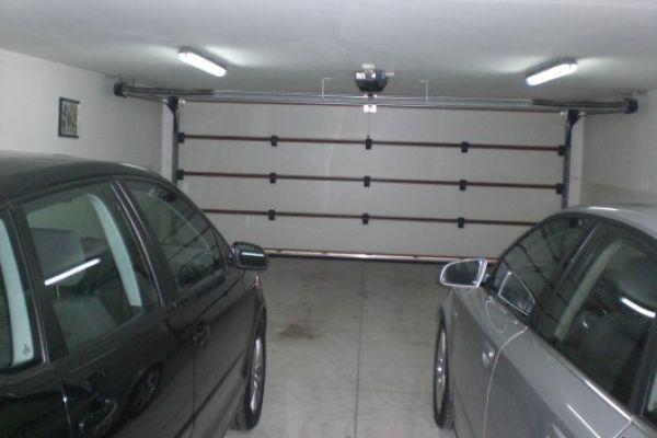 Einstellplätze für Fahrzeuge, Oldtimer..