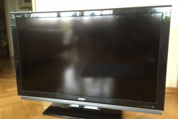 Sharp AQUOS. Produkttyp:LCD TV € 400,00