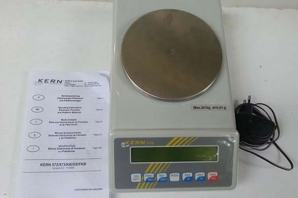 elektronische Präzisionswaage/Laborwaagen Kern 572