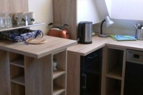 Stylisches Dachgeschoss-Apartment, sonnig, lässig