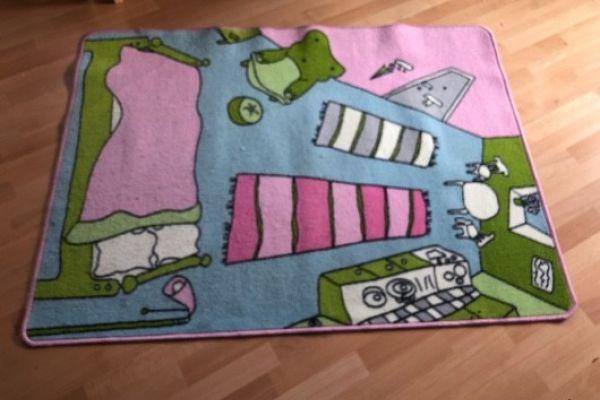 Ikea Teppich zum verschenken