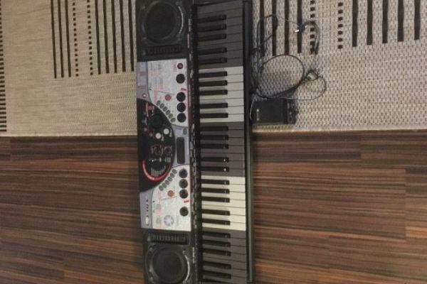 Keyboard 30€