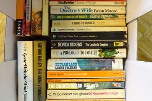 Taschenbücher in englischer Sprache