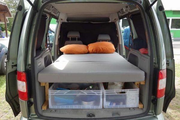 Verkaufe VW Caddy Life Camper Kombi/Family Van