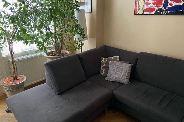 Großes Sofa/L-Form in Schokobraun, 100 EUR
