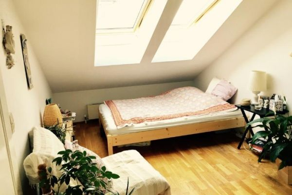 Bett inkl. Lattenrost und Matratze