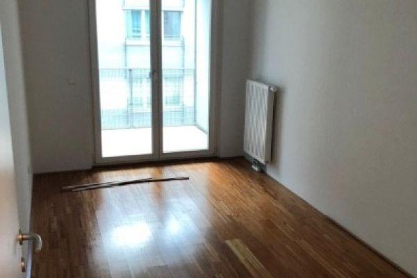 Private, helle, 3-Zimmerwohnung zentral begehbar