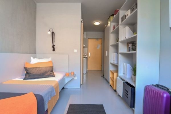 Zimmer in Studentenheim zu vergeben