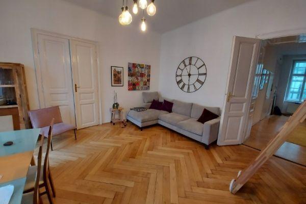 Graues Sofa von Interio