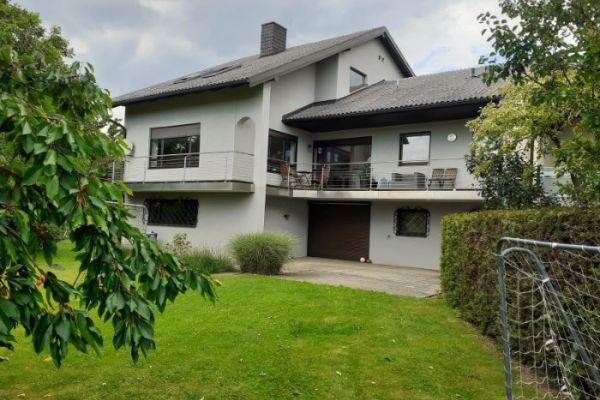 WG Zimmer (modernes Haus mit Garten) in St. Pölten