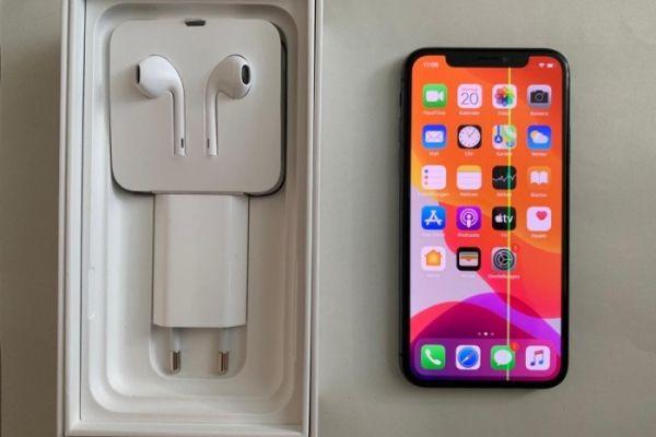 iPhone X - 64 GB mit OVP VHB: 300€