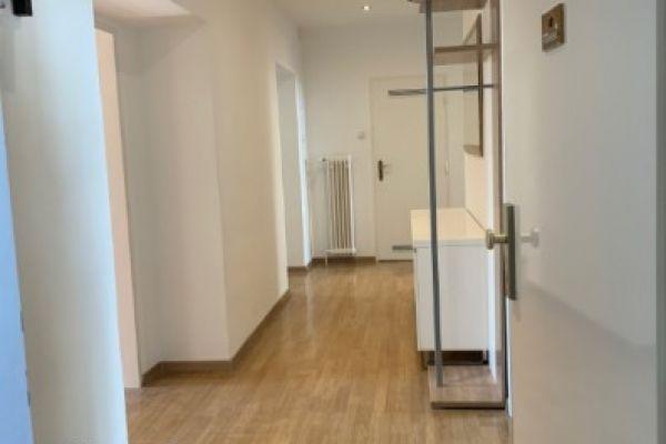 WG-Zimmer in 4er-Wg im Zentrum von Krems