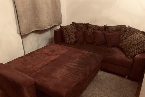 Sofa mit Bettfunktion / Stauraum 240 x 200 zu vers