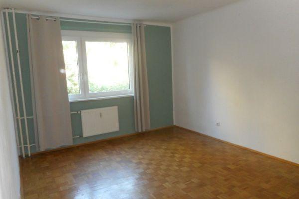 17m² Zimmer in 3-er WG in Geidorf Uni-Nähe