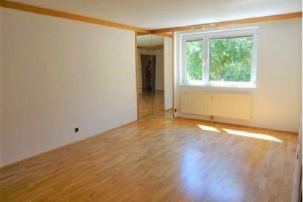 Sonnige, ruhige 3-Zimmer Wohnung (75m²) ZENTRAL