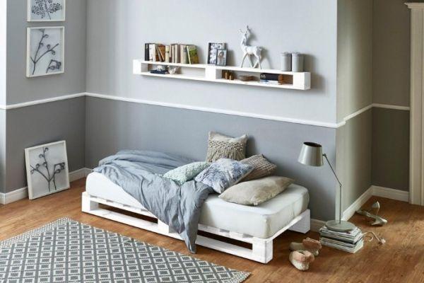 Palettenbett 90 x 200 cm,10 Monate,wegen Umzug