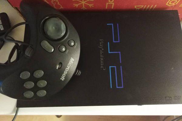 Playstation2 mit umfangreichem Zubehör