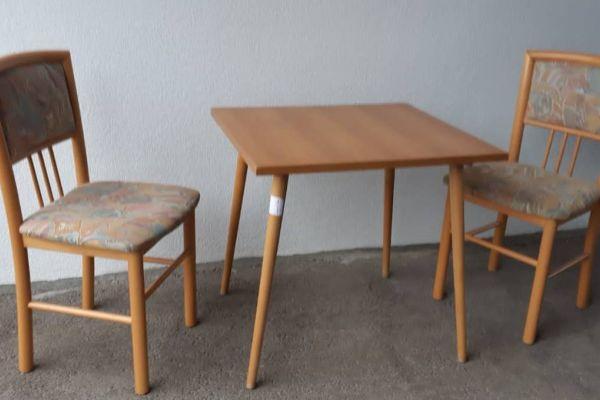 BIETE  günstig :  hochwertige, neuwertige Möbelstücke