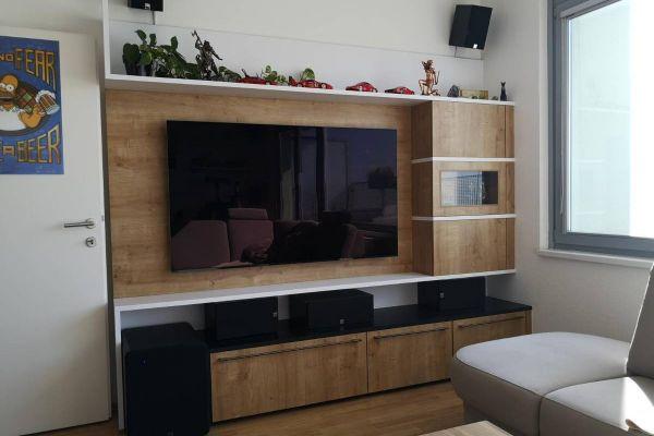 Neue Wohnwand vom Tischler!