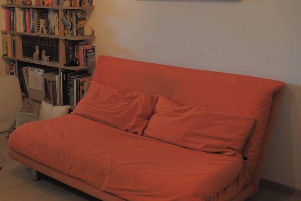 SCHLAFSOFA: ligne roset MULTY 3er in knalligem orange