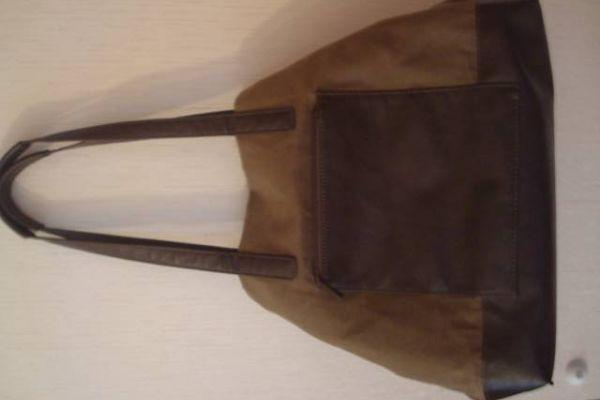 tolle JOST Tasche vielseitig verwendbar, olivgrün, neuwertig !