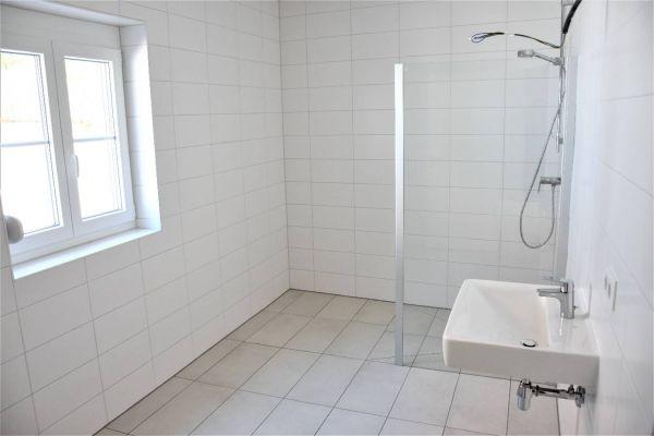 Zwei Zimmer in neuen Einfamilienhaus// 3500 Krems - Egelsee
