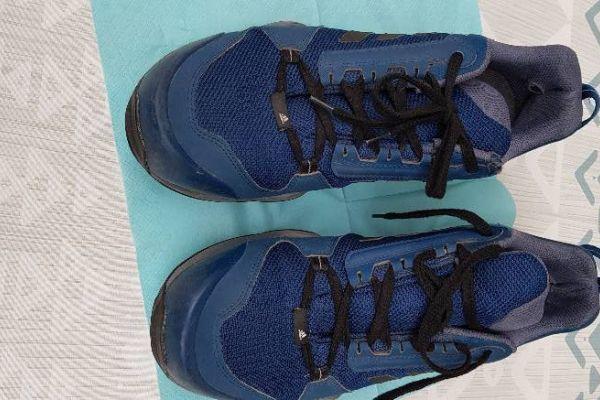 Adidas Sportschuhe Größe 47,5